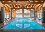 Location vacances Saint-Chaffrey - Residence Lagrange Vacances Le Hameau du Rocher Blanc-1