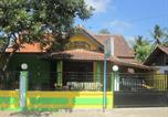 Location vacances Banyuwangi - Kampung Osing Inn-1