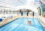 Camping avec Piscine Erquy - Camping Pins-1