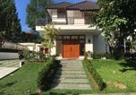Location vacances Bogor - Rumah Rancamaya Golf-1