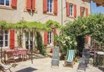 Location vacances Moux - Holiday Home Capendu Rue Jean Jaures-1
