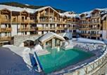 Location vacances Claviere - Residence Club Mmv Le Hameau des Airelles Confort