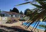 Camping 4 étoiles Brem-sur-Mer - Le Parc de la Grève-1