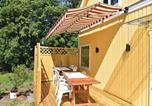 Location vacances Lidköping - Four-Bedroom Holiday Home in Kvanum-3