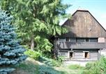 Location vacances Kuks - Ferienhaus in Velehrádek 1-2