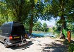 Camping avec Site nature Nages - Camping du Viaduc-1