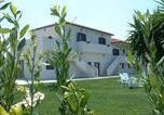 Hôtel Vittoria - B&B Villa Adelphi-3