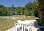 Location vacances Availles-Limouzine - Holiday home Charroux K-786-3