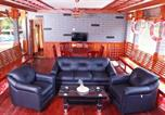 Location vacances Alleppey - Stay in 4 bedroom houseboat by Guesthouser-1