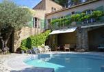Location vacances Sillans-la-Cascade - Belle Villa Cotignac-1