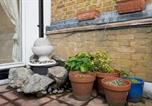 Location vacances Camberwell - Central 2bd with Beautiful Terrace!-2