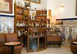 Location vacances Pinto - Hostal Colon-1