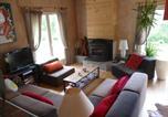 Location vacances Cornod - La Maison Colorée-4