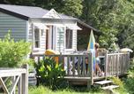 Camping avec Parc aquatique / toboggans Saint-Lô-d'Ourville - Camping Domaine de la Ville Huchet-3