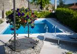 Location vacances Matulji - Captain's Villa with Swimming Pool-4