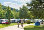 Camping en Bord de rivière Buzancy - Bestcamp Parc La Clusure-1