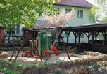 Location vacances Francfort-sur-Oder - Gasthaus & Hotel Grünhof-4