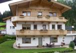 Location vacances Hainzenberg - Two-Bedroom Apartment in Zell am Ziller I-2