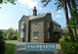 Location vacances Harlech - Taldraeth - Old Vicarage Guest House-2