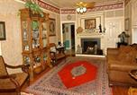 Location vacances Fredericksburg - Harrison House Victorian Suite-2