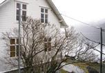 Location vacances Stryn - Holiday home Stryn Faleide-1