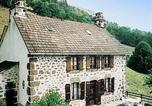 Location vacances Lascelle - Holiday home Maison Bourrel St Martin Valmeroux-3