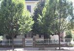 Hôtel Rubiera - B&B Al Parco Biblioteca-3
