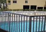 Location vacances Indian Shores - Beach Palms 109 Apartment-3