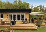 Location vacances Karlskrona - Four-Bedroom Holiday Home in Nattraby-1
