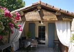Location vacances Saint-Gilles - Les Mazets Des Robiniers-4