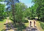 Camping Carsac-Aillac - Le Plein Air des Bories-4