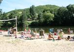 Camping avec Ambiance club Lot - Village Camping Les Vignes-1