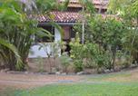 Hôtel Dehiwala-Mount Lavinia - Cottage garden Bungalows-1