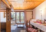 Location vacances Montvalezan - Résidence Alpages-1