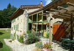 Location vacances Bertignat - Le Moulin du Cros-1