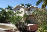 Location vacances Fort Myers Beach - 295 Mango Holiday Home-4
