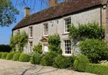 Location vacances Shepton Mallet - Farmhouse Annexe with Tennis Court-3