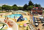 Camping avec Parc aquatique / toboggans Aytré - Capfun - Domaine la Bonne Etoile-1