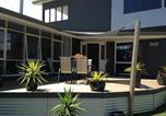 Location vacances Lakes Entrance - Hilltop House-3