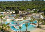 Camping avec Ambiance club Grimaud - Les Tournels-3