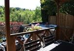 Camping avec Piscine Saint-Rémy-sur-Durolle - Camping Les Fougères - Le Domaine du Marais-3