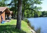 Camping en Bord de lac Bourgogne - Camping de l'Etang du Merle-1
