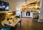 Location vacances Kraków - Stylish Attic Studio in Jewish Quarter! Wifi!-2