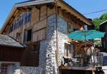Location vacances Bozel - Appartement Dans Chalet de Montagne-3