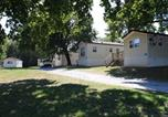 Villages vacances Ellicott City - Circle M Camping Resort Wheelchair Accessible Park Model 24-1