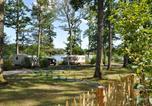 Camping avec Chèques vacances Champs-Romain - Camping du Grand Etang de Saint-Estèphe-1