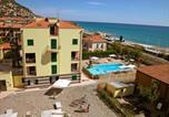 Location vacances Borgio Verezzi - Apartment Le Saline.2-1