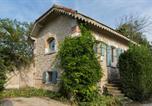 Location vacances Boulbon - Mas d'Arvieux Cottage-1