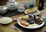 Hôtel Ganton - Sawdon Heights Bed and Breakfast-1