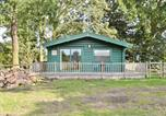 Location vacances Oundle - Woodman's Lodge-1